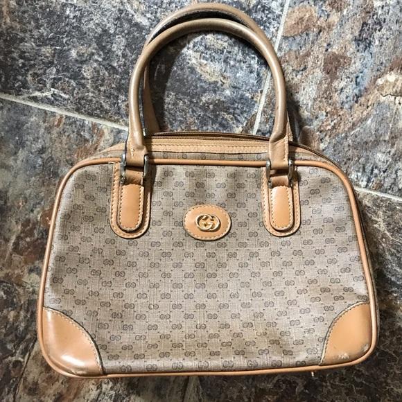 69a0b7c4d Gucci Bags | Vintage Signature Handbag | Poshmark